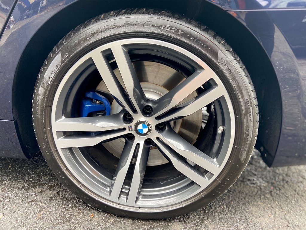 Pre-Owned 2018 BMW 7 Series M760i xDrive