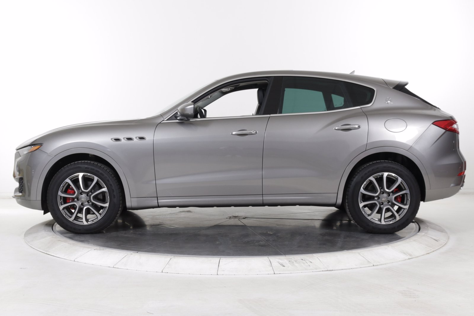 Certified Pre-Owned 2019 Maserati Levante